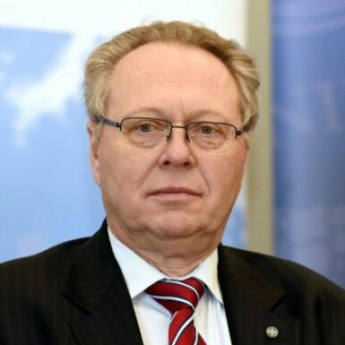Dr. Juris Binde
